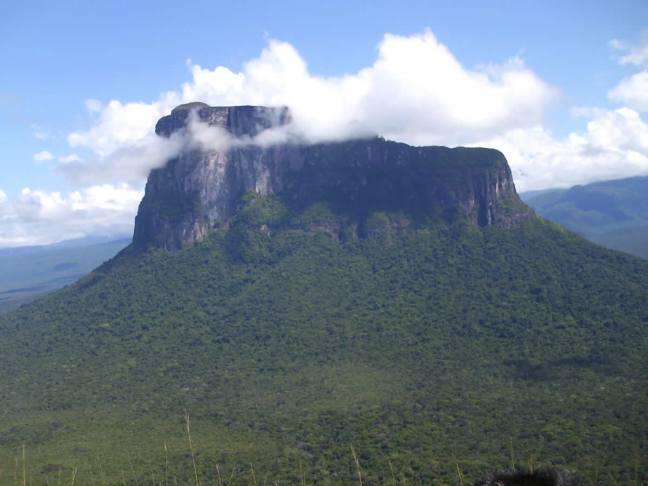 cerro-autana-amazonas