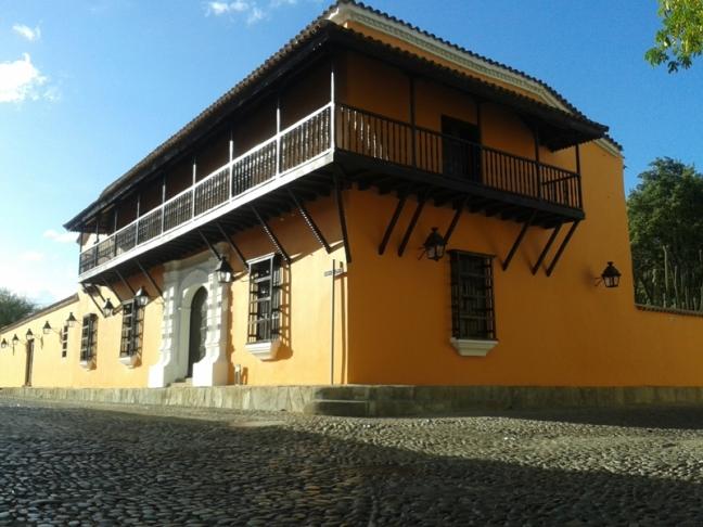 museo de ceramica historica y loza popular (balcon de los arcaya), viajesatrium.com