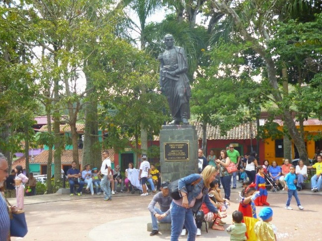 El Hatillo, estado Miranda, plaza Bolívar
