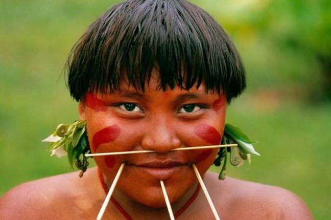 Indigena yanomami